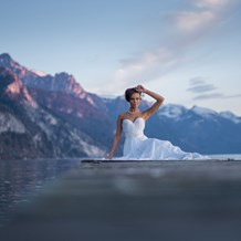 Hochzeitsfotograf: After Wedding am Abend am Traunsee  - Klaus Mittermayr KM-Photography