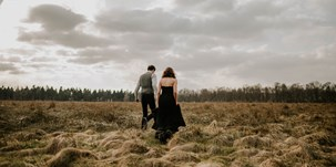 Hochzeitsfotos - Art des Shootings: Prewedding Shooting - Lüneburger Heide - herzensbild