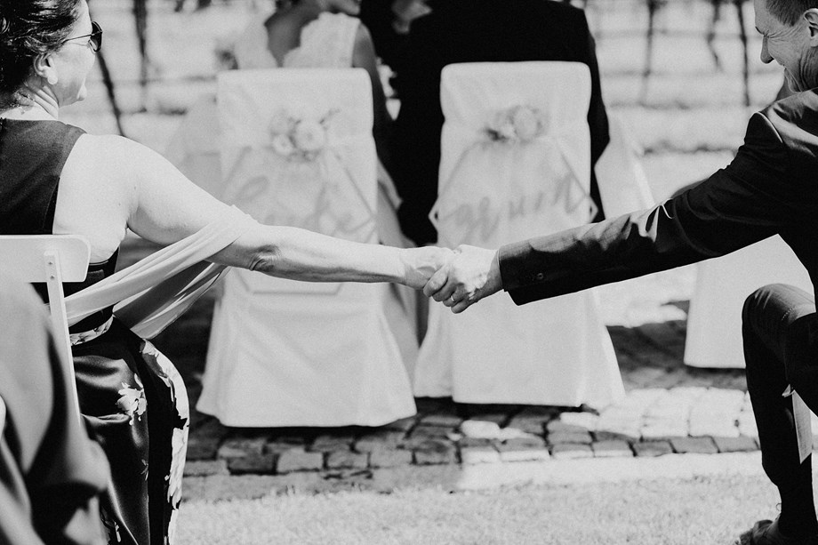 Hochzeitsfotograf: Hand in Hand - claudia&rolf PHOTOGRAPHY