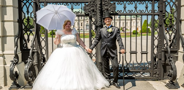 Hochzeitsfotos - Art des Shootings: Trash your Dress - Wien-Stadt - FOTOGRAFIE | BUXI.AT